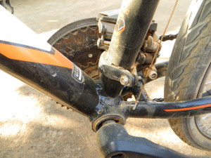 At the end of a day biking on dirt roads, this is what our gears look like