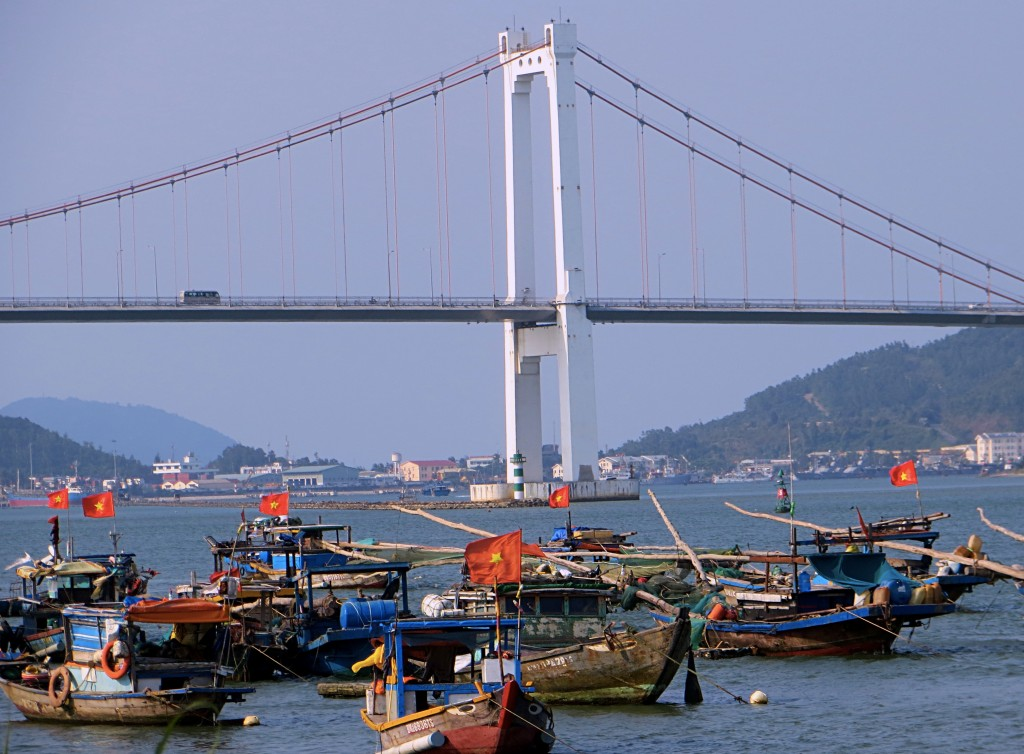 Another of the big bridges over the Han River, with lots of flag-waving boats sitting around