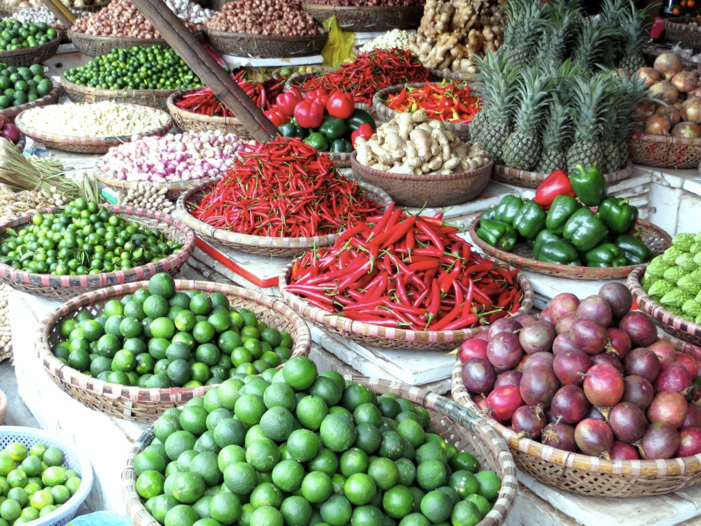 Every beautiful city needs a beautiful market, and Hanoi is certainly no exception
