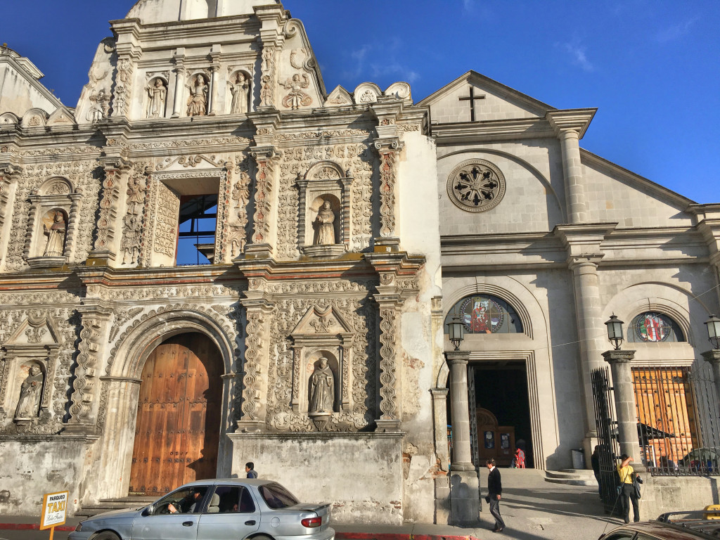 The Church of the Holy Spirit in Quetzaltenango, right off the main square. The ornate facade is all that's left of the 1532 original church, destroyed by an earthquake in 1902. Behind it is the modern replacement, finished in 1990.