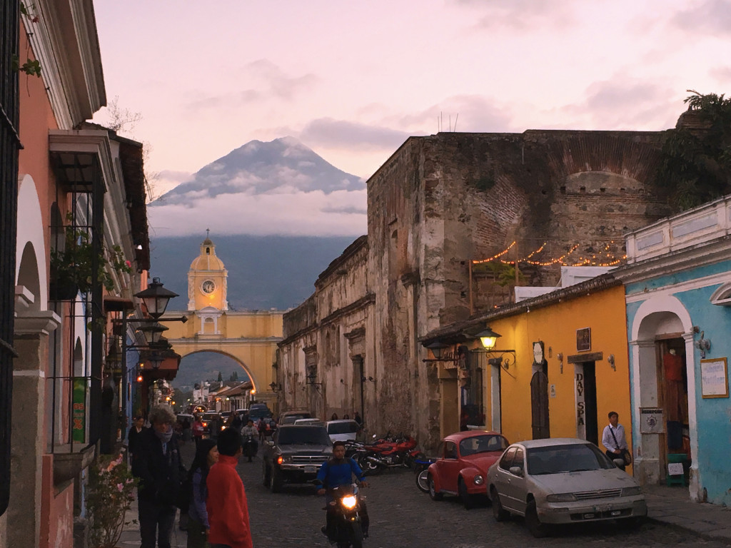 A classic shot of Antigua. The arch was a bridge connecting two parts of an old convent, now just a beautiful architectural statement. Looming behind is Volcá de Agua.