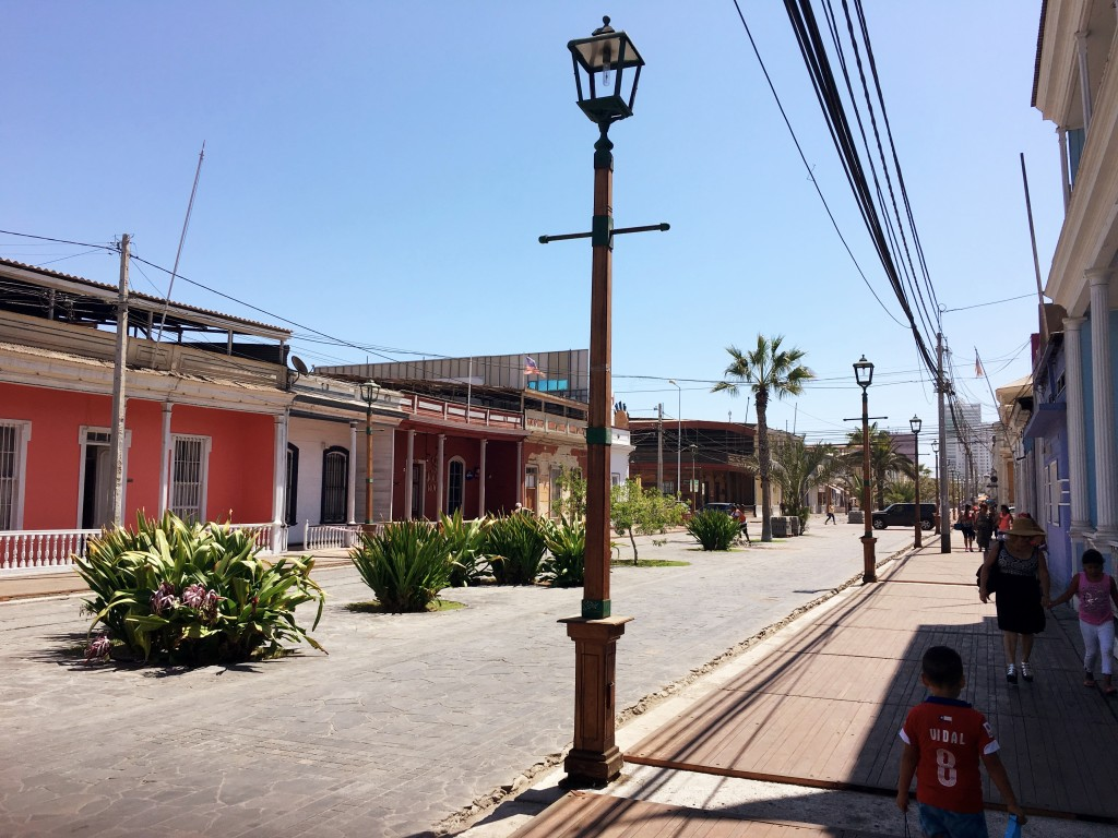 Dry, dusty streets - and this is the major pedestrian shopping street, though it did get livelier a few blocks further up