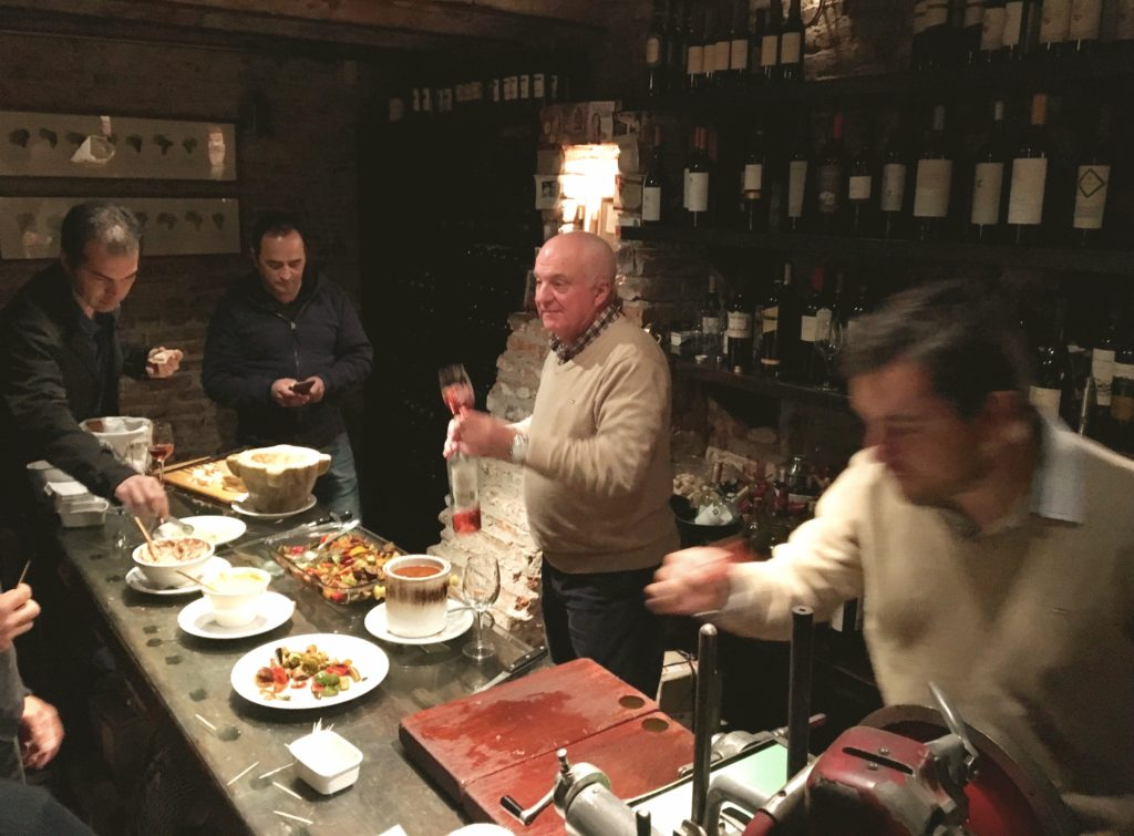 Restaurants were the major find in Córdoba. At San Honorato you're seated, order your food and wine, and then go down to the wine cellar where they court you with free wine and appetizers until your meal is ready. Nice!