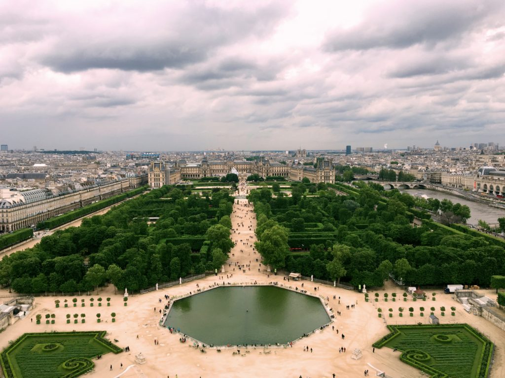 From the top of the ferris wheel, this view of the Tuilerie Gardens and the Louvre. If you know where to look you can see Notre Dame and even the Pantheon.
