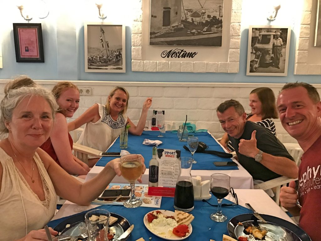 Besides having good Greek food, My Greek Taverna can be a fun place. Here we made friendies with the neighboring table of Aussies.
