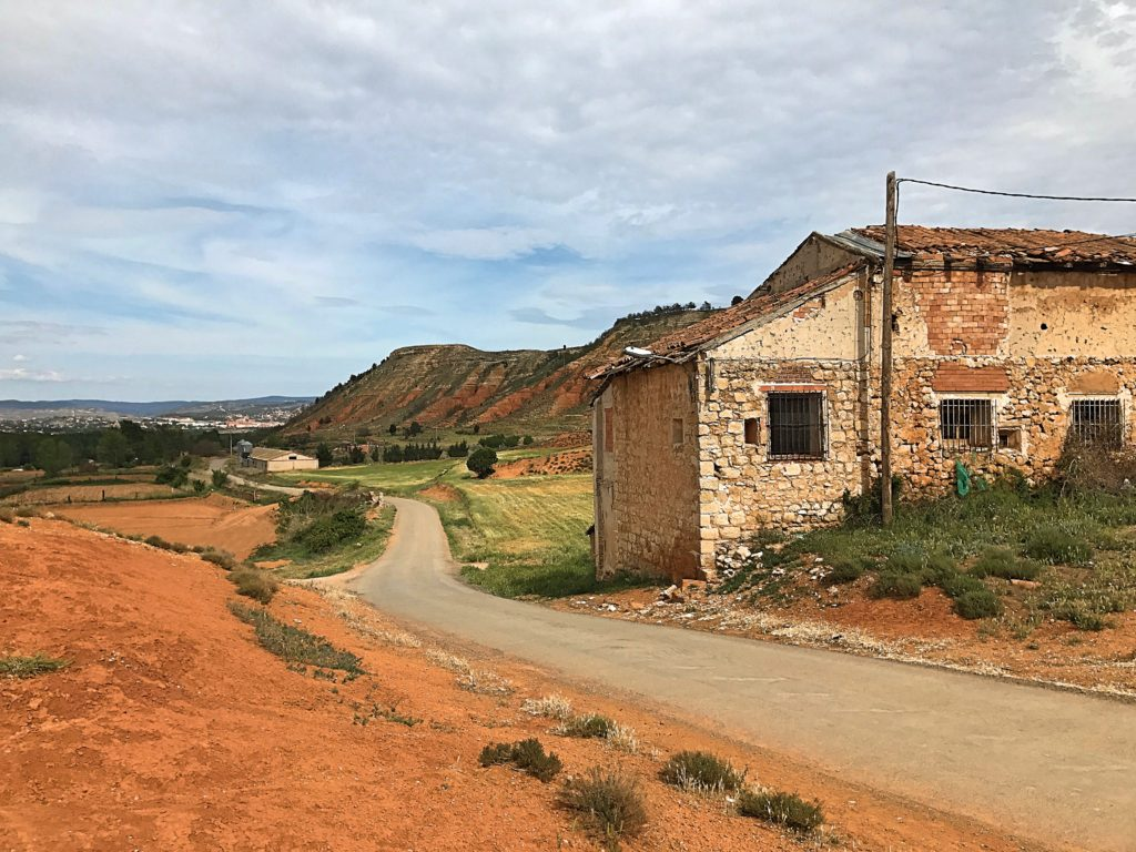 More country roads. That's Teruel way off in the distance.